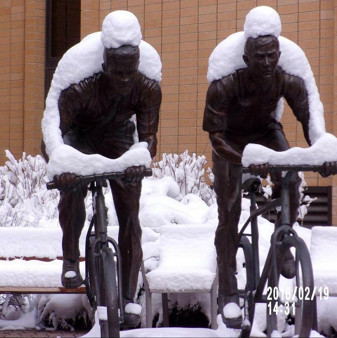 the way the snow collected on these statues put me like